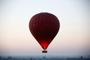 my-ballooning-over-bagan